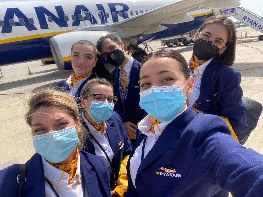 Soy Andreea, exalumna de Global Crew y TCP en Ryanair.